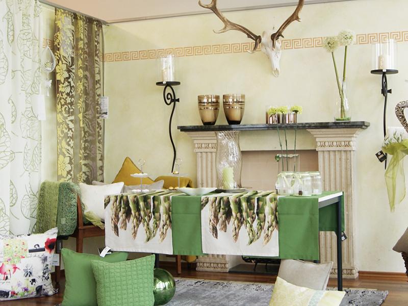 Casa Wiskirchen - ihr Partner für Vasen, Spiege,l Deko-Accessoires, Tischgeschirr, Kerzenleuchten